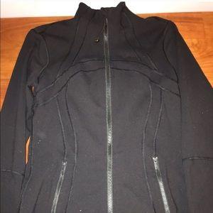 Size 4 black lululemon jacket